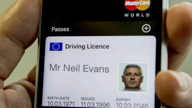 Vai ser possível guardar a carteira de motorista no seu smartphone