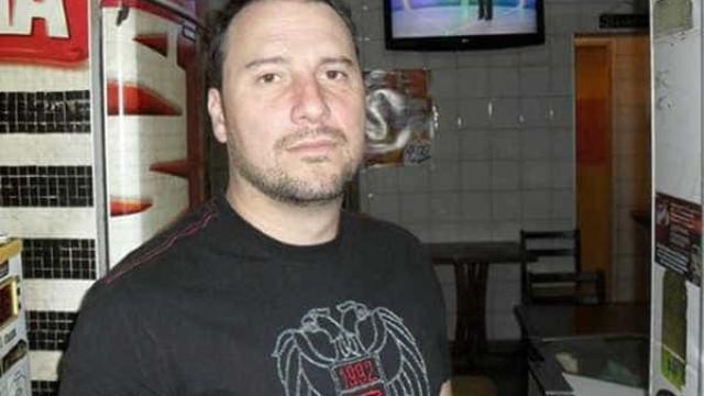 Comerciante que agrediu mulher com cotovelada deixa prisão