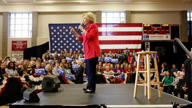 Hillary tem vitória apertada em Kentucky e derrota no Oregon