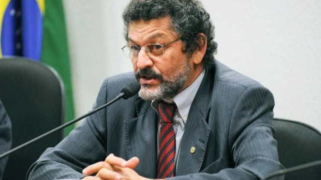 Áudio de Jucá confirma o golpe, diz líder do PT no Senado