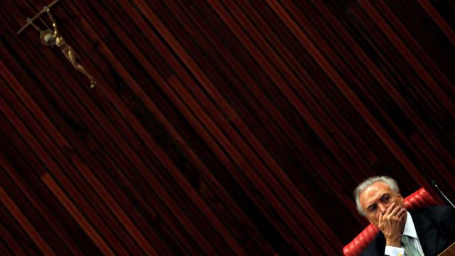 Temer é aconselhado a tirar Jucá após  vazamentos de áudios