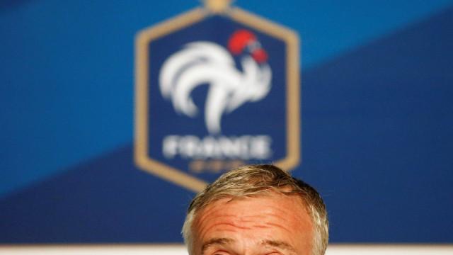 Cheia de baixas, França fecha  lista de 23 para Eurocopa