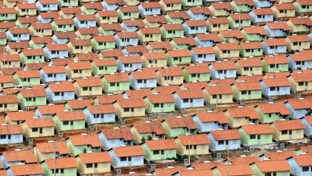 Ministro revoga construção de 11 mil unidades do Minha Casa