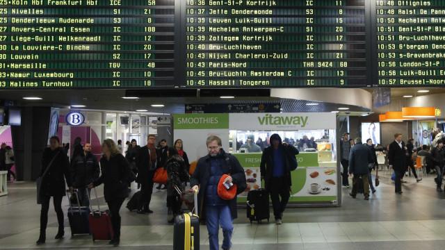 Acidente entre dois trens na  Bélgica deixa ao menos três mortos