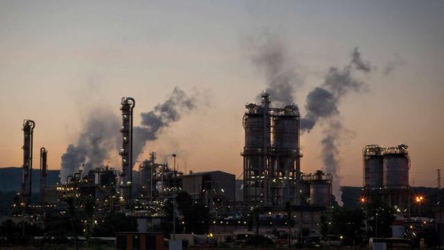 Capacidade instalada da indústria cai a 77,4% em março, diz CNI