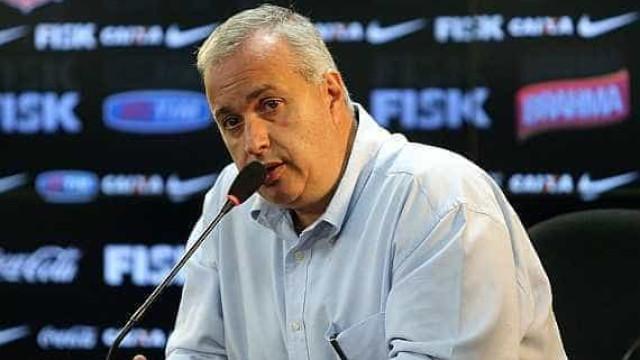 'Estou puto com a CBF', diz presidente do Corinthians após saída de Tite
