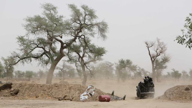 Grupo é encontrado morto de sede no deserto do Níger