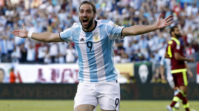 Argentina goleia e é semifinalista da Copa América