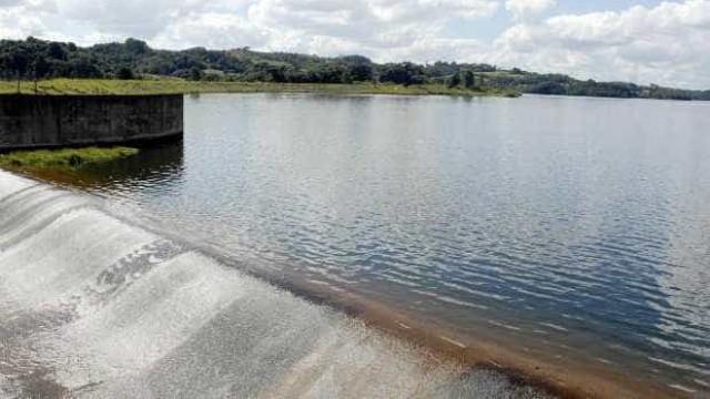 Cantareira aumenta volume de água  graças ao solo úmido