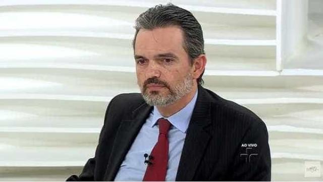 Procurador diz à comissão do impeachment que pedaladas causaram crise econômica