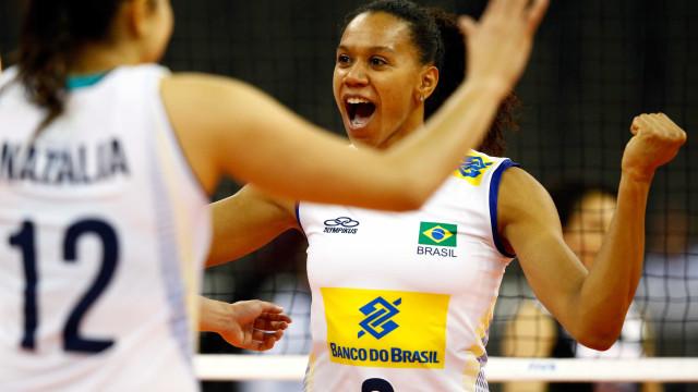 Brasil leva susto, mas vence Bélgica e avança  à fase final do Grand Prix
