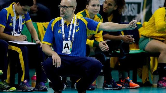 Técnico dinamarquês e preparo físico são triunfos do handebol do Brasil