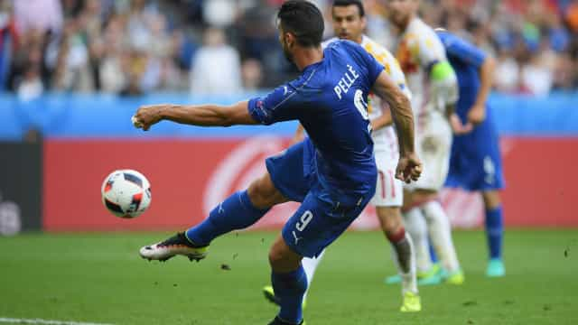 Itália bate Espanha e avança às quartas de final