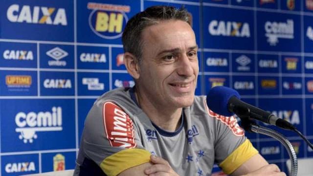 Sem Robinho, Cruzeiro viaja para duelo com o Santa Cruz