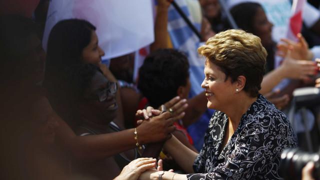 Vaquinha virtual de Dilma bate mais de 50% da meta em 21 horas