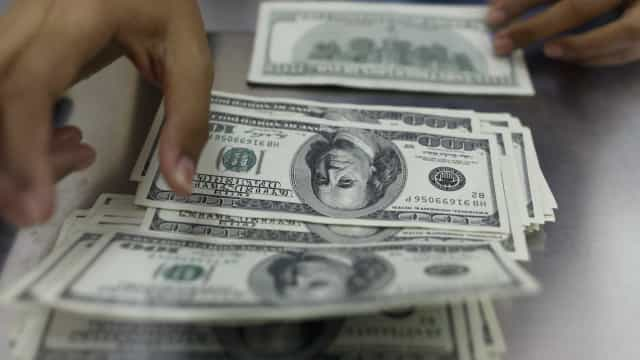Déficit orçamentário dos EUA aumenta em maio