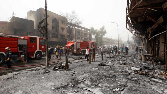 Estado Islâmico reivindica ataque que  matou 75 em Bagdá