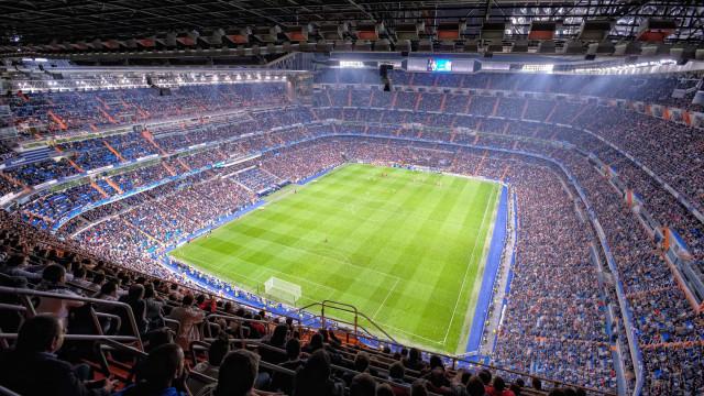 UE pede que Barcelona e Real Madrid devolvam  dinheiro de ajuda estatal