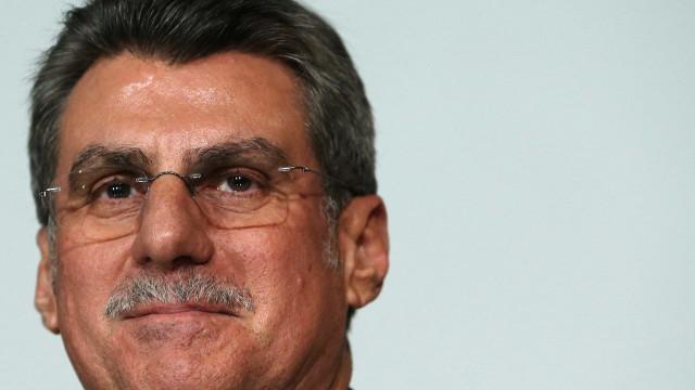 Voltar ao governo depende apenas de Temer,  diz Romero Jucá