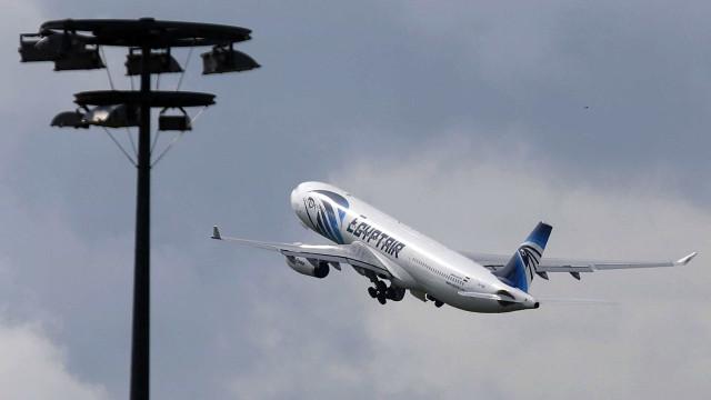 Israel encontra possíveis destroços de voo da Egyptair