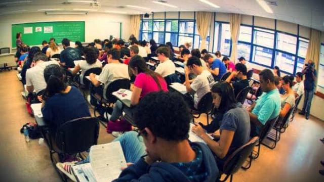 Instituições devem inscrever estudantes no Enade até 7 de agosto