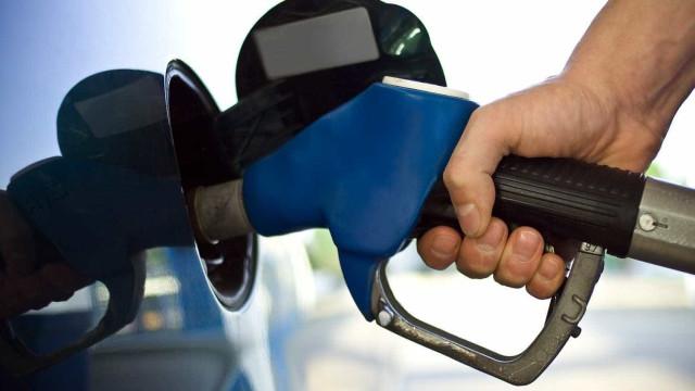 Polícia apreende 1,5 mil litros de gasolina  ilegal vinda da Venezuela