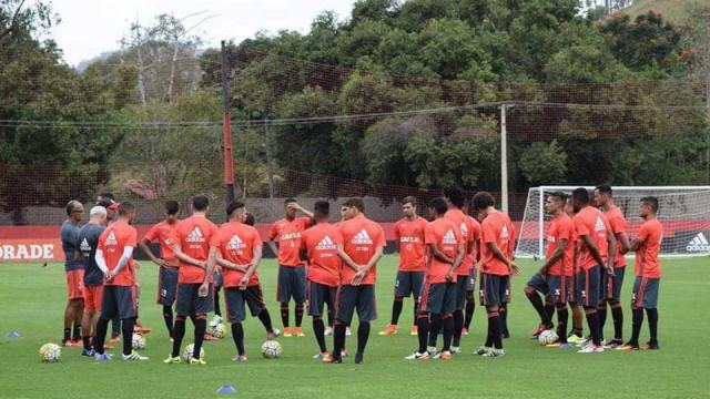 Em Brasília, Flamengo faz duelo direto por vaga no G4 contra o Atlético-MG