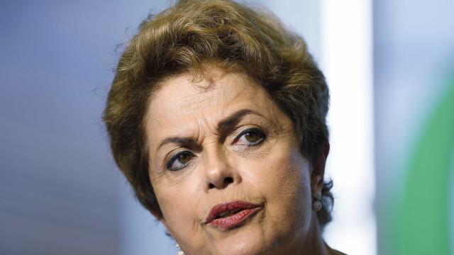 Dilma tem 30 dias para explicar irregularidades  em contas de 2015
