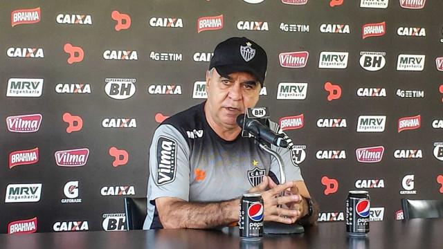 Marcelo Oliveira destaca motivação extra para duelo contra o líder