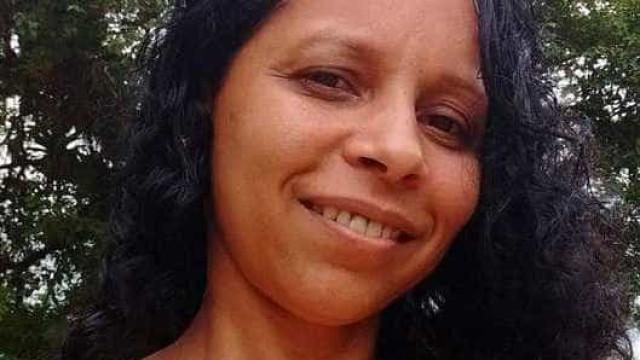Professora é morta após revelar namoro pela internet