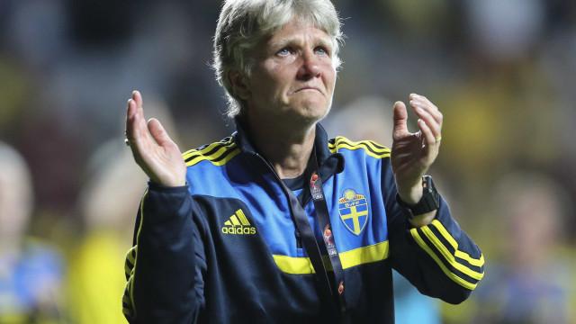 "Treinadora sueca sobre Marta: ""Ninguém sabe pará-la"""