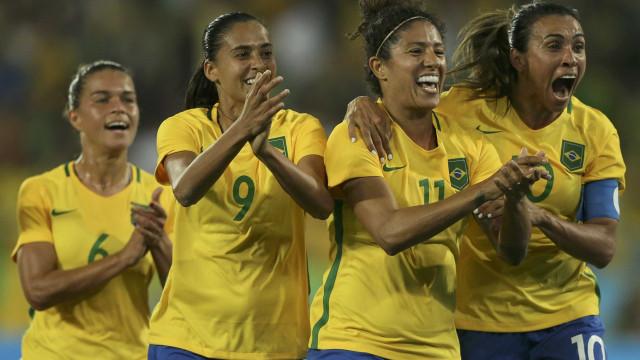 Brasileiras goleiam a Suécia por 5 a 1 e se classificam