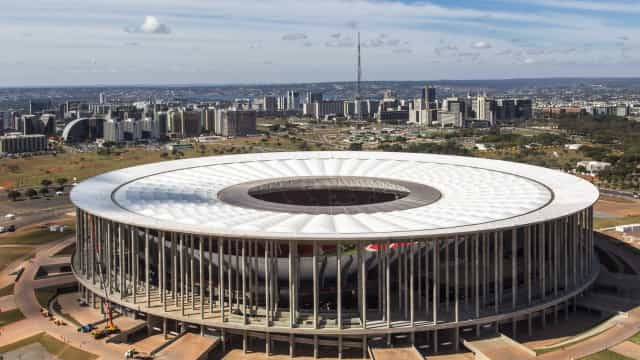 Funcionário da Rio-2016 chega bêbado no estádio e é preso por injúria