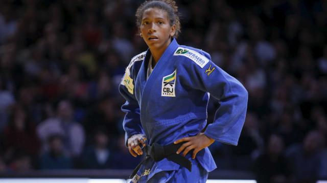 Rafaela Silva avança às quartas de final; Pombo é eliminado