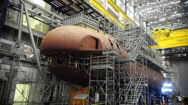 Estaleiros fecham no Brasil com crise na  indústria naval