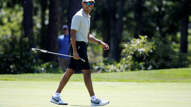Obama divulga playlist para curtir  férias de verão; tem brasileiro