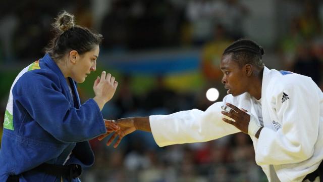 Mayra Aguiar perde na semi e disputa o bronze