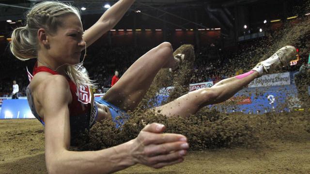 Única russa do atletismo que estaria na Rio-2016 é suspensa