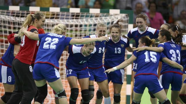 Rússia conquista primeiro título no handebol feminino