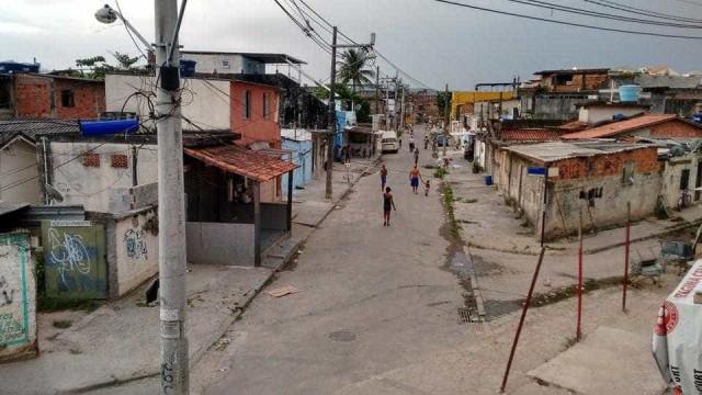 Tiroteio ameaça carreata em homenagem a Rafaela Silva na Cidade de Deus
