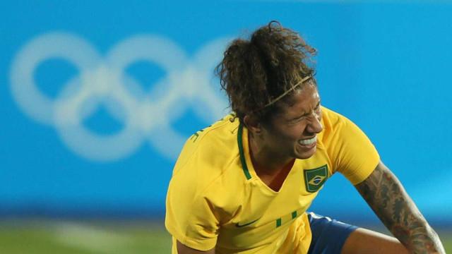 Cristiane está fora de jogo contra Austrália