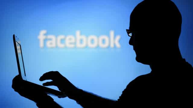 Vidas pessoal e profissional separadas? Não com o Facebook