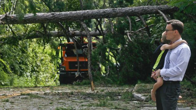 Ciclone Hermine reganha força  e preocupa nordeste dos EUA