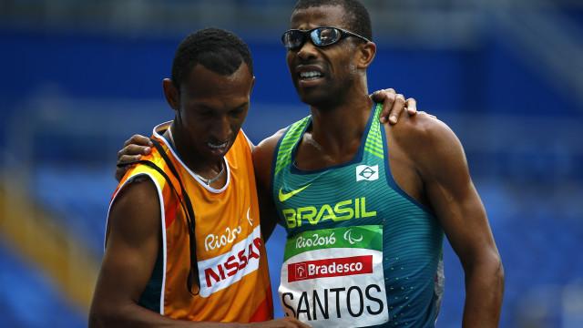 Brasil ganha a primeira medalha na  Paralimpíada do Rio