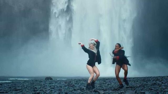 """Justin Bieber lança """"dance vídeo"""" em para a música Cold Water; veja!"""