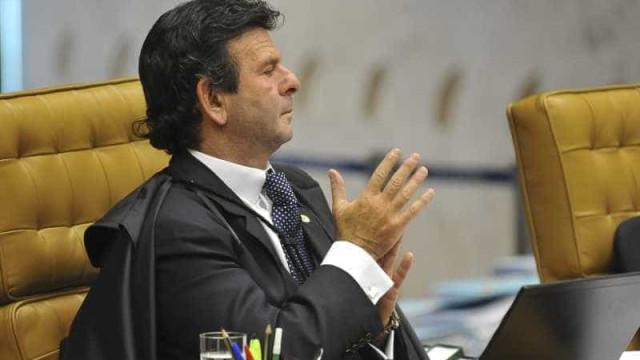 Luiz Fux nega seguimento de habeas corpus de Cesare Battisti