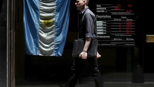 Argentina volta a medir e registra 1,1 milhão de desempregados