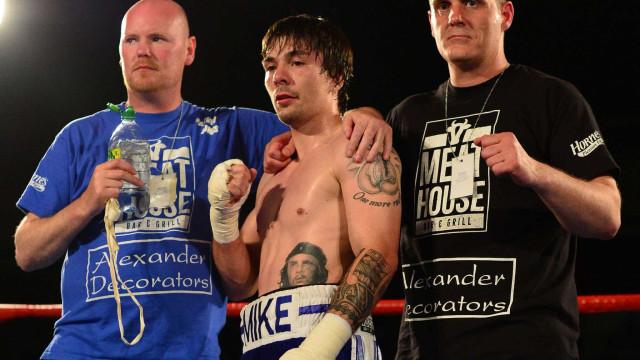 Boxeador escocês de 25 anos morre após  perder combate
