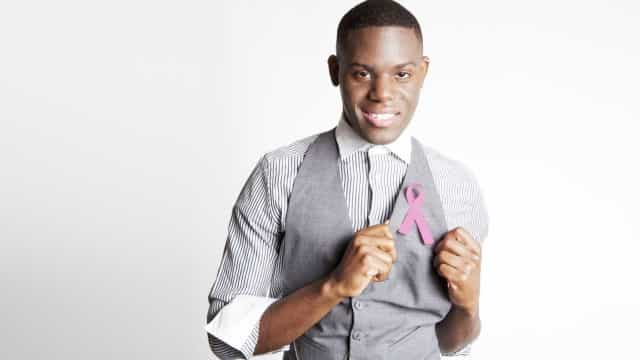Apesar de raro, câncer de mama  também pode afetar homens