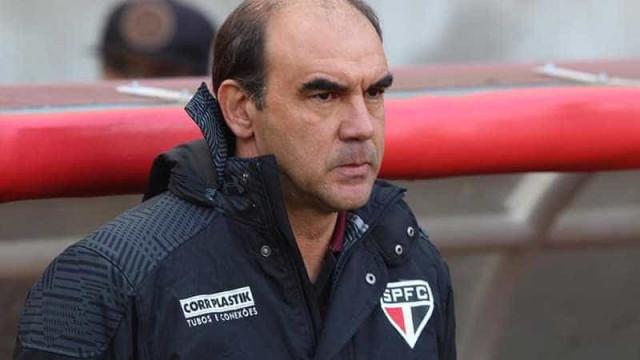 Gomes projeta duelo contra o Santos com Buffarini e Wesley